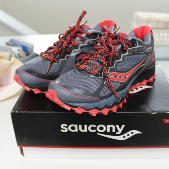 Saucony Peregrine 6 Size 5.5 Trail Runners (NEW) NWT